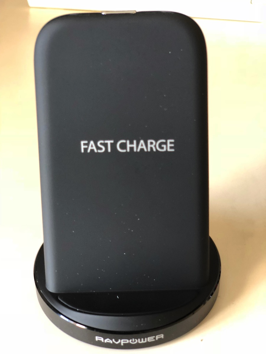 Qi ワイヤレス 充電器 急速 RAVPower & Fast Charge 2つのコイル iPhoneXを充電してみた